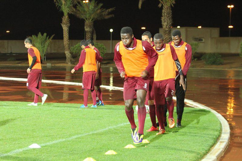 الفريق الأول لكرة القدم يغلق أستعداته لمواجهة نجران وتذاكر مجانية للجماهير