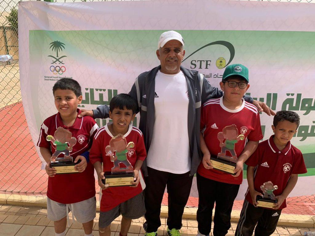 براعم الفيصلي للتنس الارضي يتزعمون بطولة الرياض المفتوحة