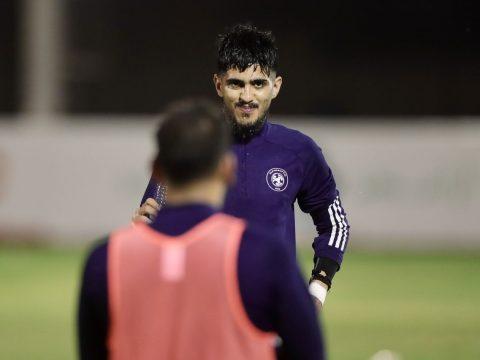 الفريق الاول لكرة القدم يواصل تحضيراته لمواجهة النصر