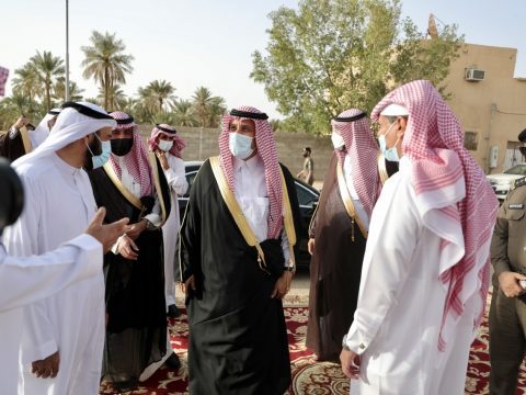 سمو محافظ محافظة المجمعة يدشن المرحلة الاولى من مبادرة حرمة التاريخية