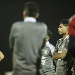 الفريق الاول لكرة القدم يجري مرانه الرئيس تحضيراً لمواجهة التعاون